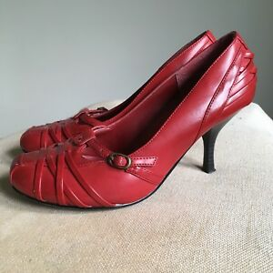 Red Leather High Heels - Size 5M