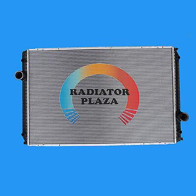 Radiator For International 5900i 8000 8600 9000i 9200i 9400i Prostar LoneStar