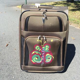 2 suitcases Nerang Gold Coast West Preview