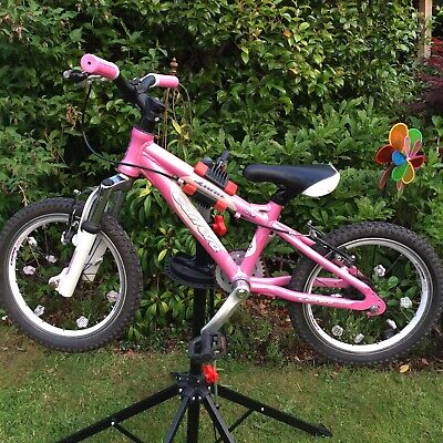 "Carrera Luna Girls 16"" wheel mountain bike. Front suspension forks."