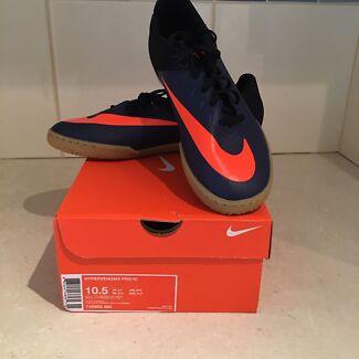 Brand new futsal shoes size 10.5