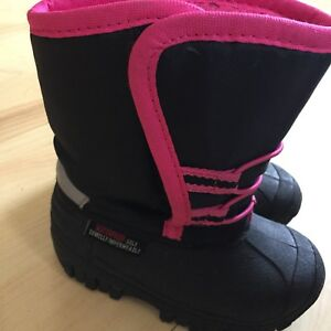 Toddler Girls Winter Boots Size 8