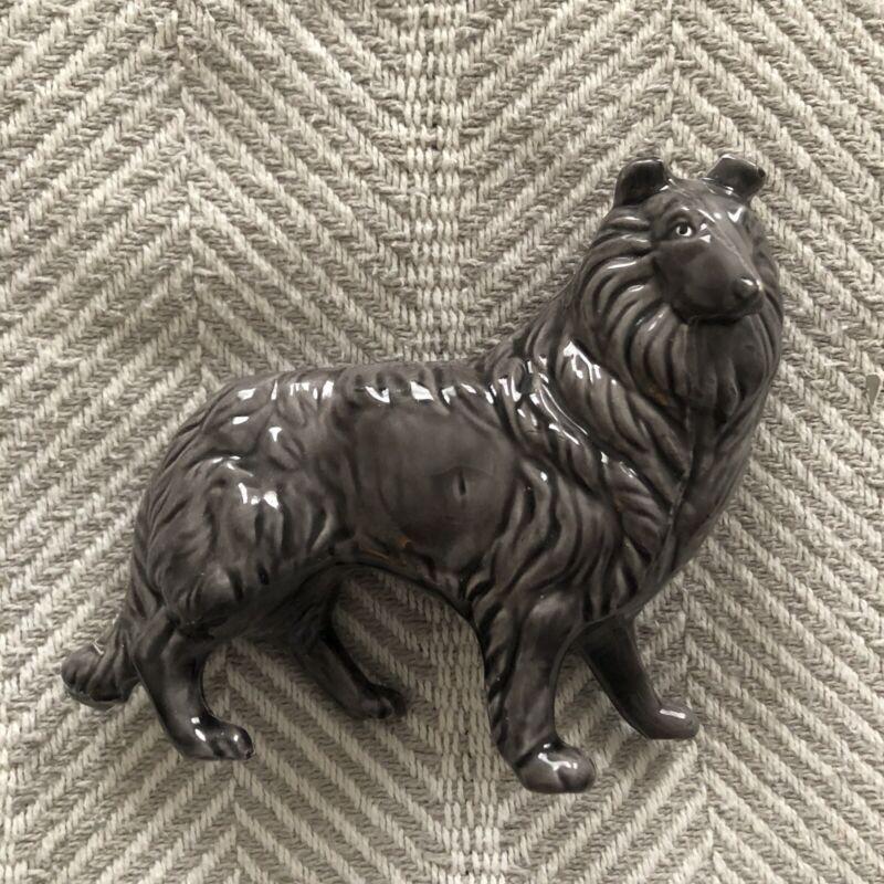 Grey Glazed Ceramic Collie Dog Lassie Figurine Statue Trinket EUC 5x5in