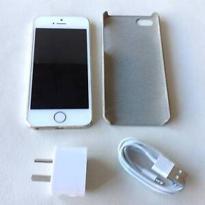Apple iPhone 5S 32GB Gold/White Crace Gungahlin Area Preview