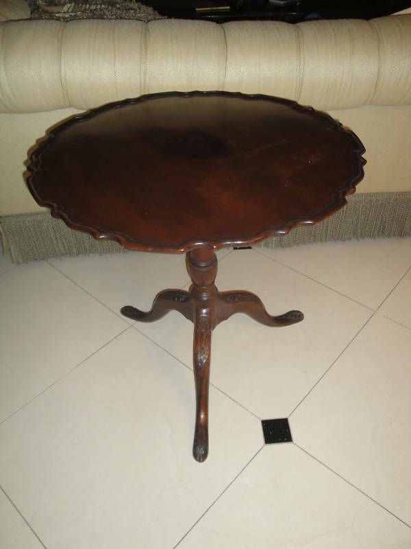 Vintage 19c Queen Anne Mahogany Pie Crust Tilt Top Tea Wood Table Antique