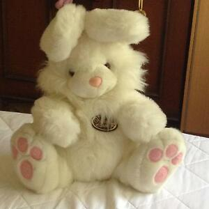 Soft Toy Rabbit Dover Gardens Marion Area Preview