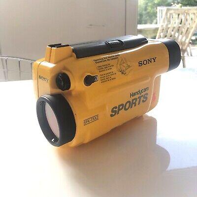 SONY Handycam sports SPK-TRX2 en très bon état.
