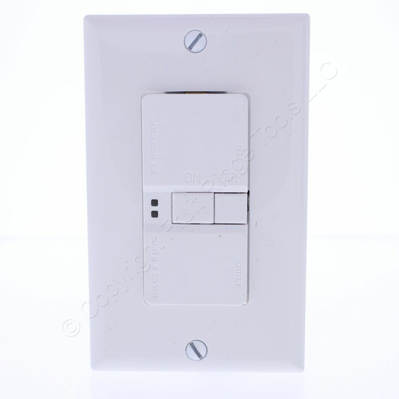New Eaton White GFCI Self Test Blank Face Receptacle 20A 125V NEMA 5-20R SGFD20W