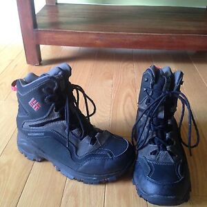 Columbia boots- boys mens size 8 or ladies size 9.5 - 10