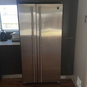 Maytag fridge freezer Phillip Bay Eastern Suburbs Preview