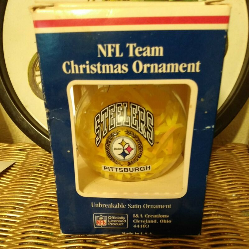 Pittsburg Steelers NFL Unbreakable Satin Glass Ornament 1980
