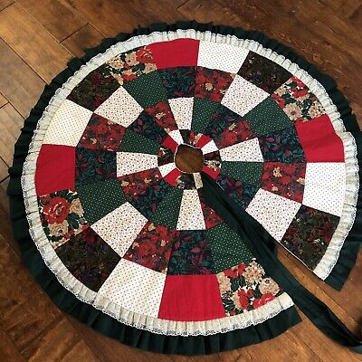 "Christmas Tree Skirt Quilted Red, Green & White 48"" handmade Vintage Country"