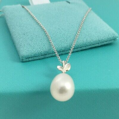 NEW Tiffany & Co Olive Leaf Pearl Silver Paloma Picasso Necklace w/ Box (Tiffany Silver Pearls)