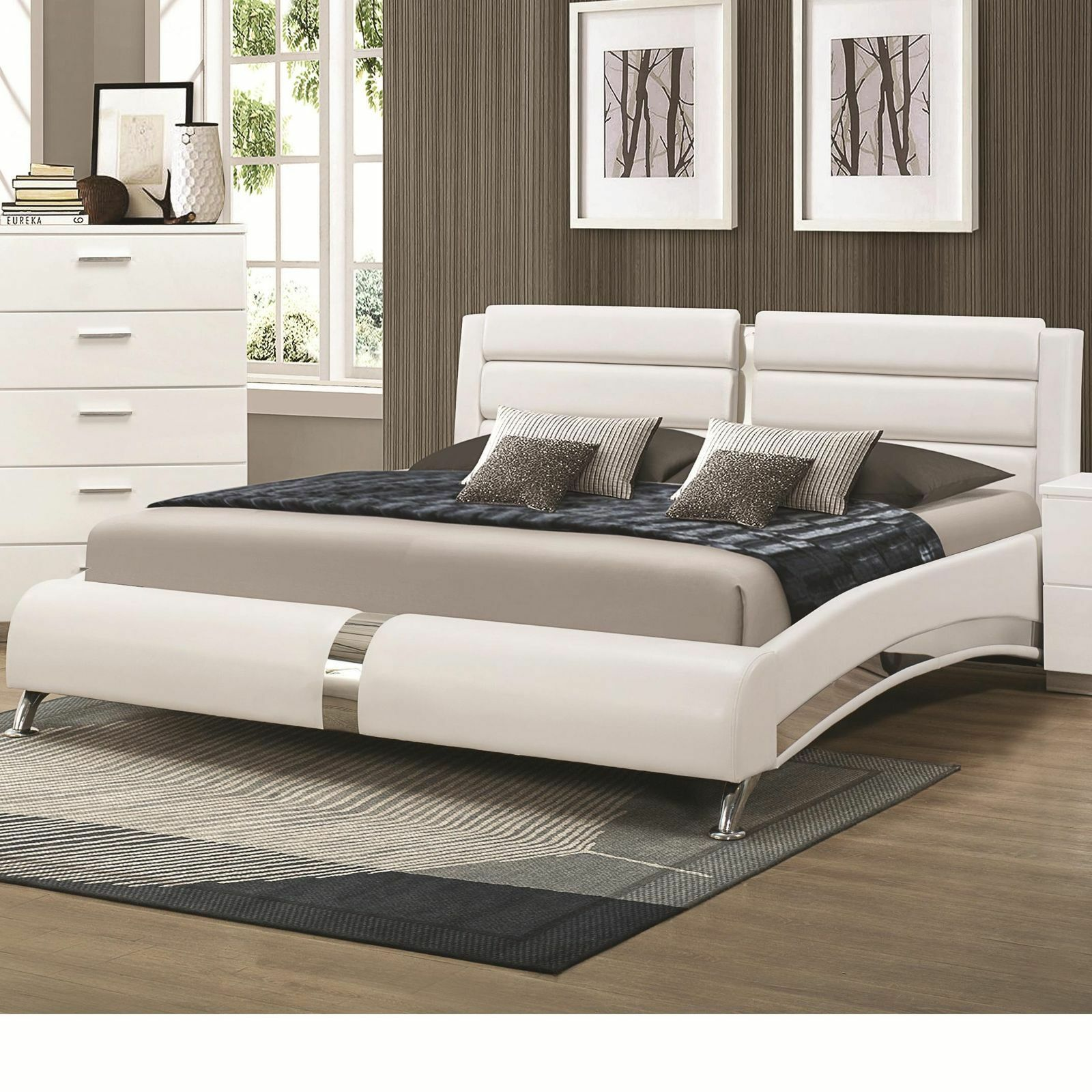 Coaster KW Felicity Glossy White California King Bed