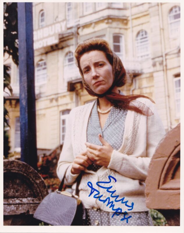 EMMA THOMPSON SIGNED 8X10 PHOTO AUTHENTIC AUTOGRAPH BRITISH OSCAR WINNER COA
