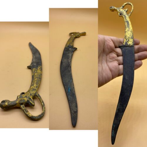 WONDERFUL ROMAN ERA BRONZE MILITARY SHORT SWORD WITH GOLD GILDING 2000BC