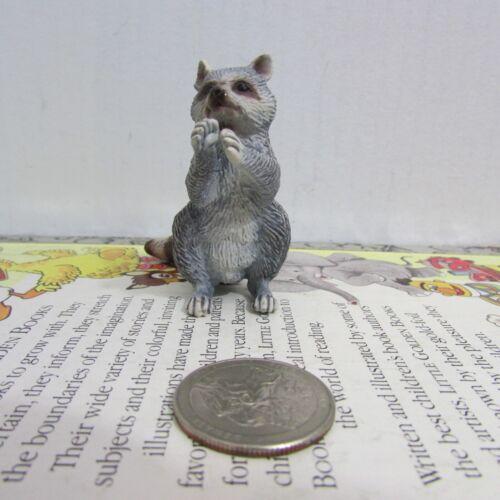 Schleich Raccoon Standing Retired 14624