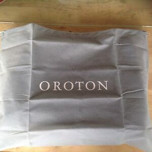 Oriton Roche black leather handbag Slacks Creek Logan Area Preview