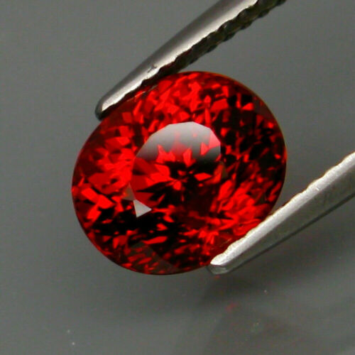 3.73 ct. Natural Imperial Spessartite Garnet Africa