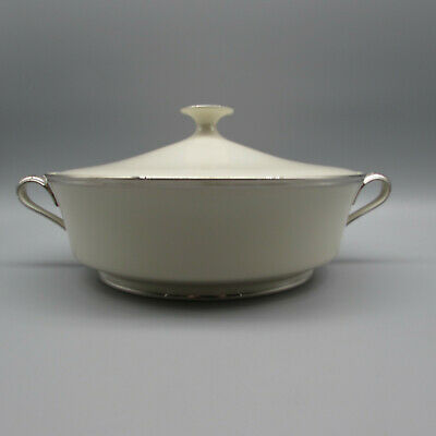 Lenox Fine China SOLITAIRE Covered Serving Bowl ()