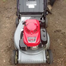Honda self propelled rover self propelled Garden Suburb Lake Macquarie Area Preview