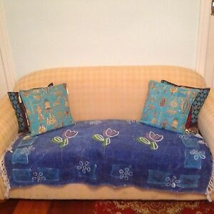 2.5 SEATER SOFA / DOUBLE BED - ELEGANT AND SOLID Highgate Perth City Area Preview