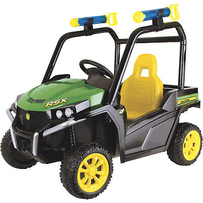 TOMY John Deere Gator 6V Battery-Powered Ride-On Toy with Water Bazookas