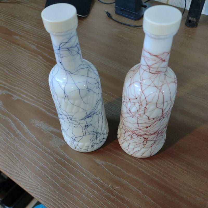 """Vtg MCM Hazel Atlas Wht Milk Glass Blu & Red SpagSwirl Welch Wine Bottle 10""""(GG)"""