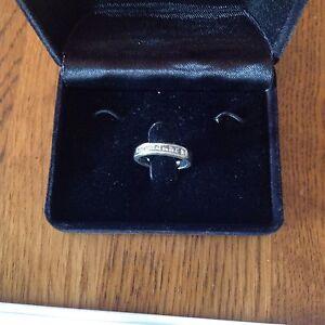 Engagement / Wedding / Anniversary ring