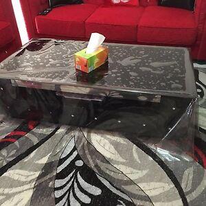 Coffee table - black coffee table has magazine shelf &2storage drawers Bankstown Bankstown Area Preview