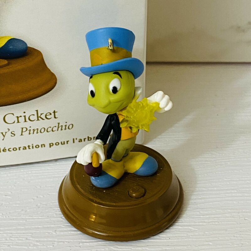 Hallmark Jiminy Cricket Miniature Magic Ornament Pinocchio Disney 2011 Christmas