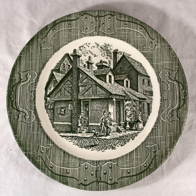 "Vintage Charles Dickens The Old Curiosity Shop 10"" Green Porcelain Dinner Plate"