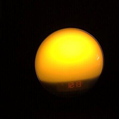 Philips Best Sunrise Simulating Alarm Clock FM radio Model HF3520