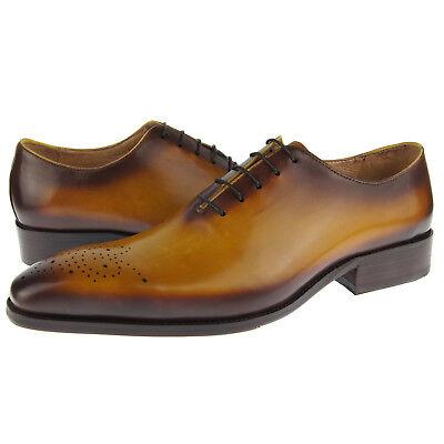 Carrucci Wholecut Medallion Oxford, Men's Dress Leather Shoe