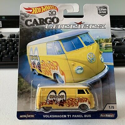 Hot Wheels Car Culture Real Riders Cargo Carriers VW Volkswagen T1 Panel Bus