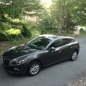 2014 Mazda3 - includes free winter tires