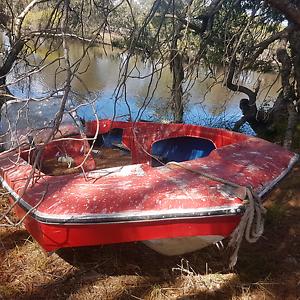Old Boat hull Karnup Rockingham Area Preview