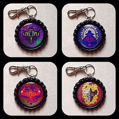 DESCENDANTS Disney Bottle Cap Necklace Jewelry Zipper Pull LONG LIVE EVIL Charm (Bottle Cap Necklace)