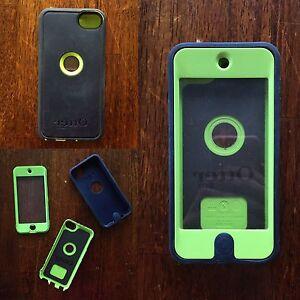 Otter Box iPod Case (iPod 5)