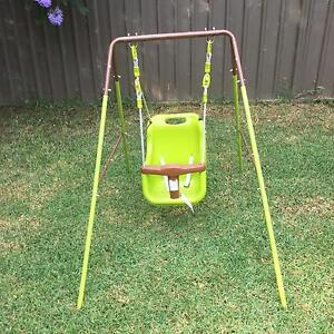 Outdoor swing EUC Kings Park Blacktown Area Preview