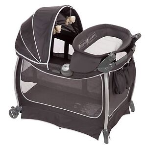Bauer pack and go play pen
