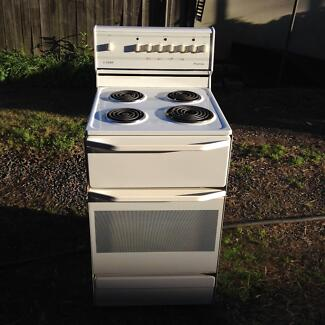 Chef electric cooktop & oven with Rangehood  Exc Cond. Arncliffe Rockdale Area Preview