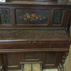 antique pump organ kijiji free classifieds in ontario. Black Bedroom Furniture Sets. Home Design Ideas