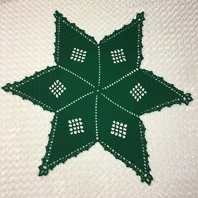 Green Hand Crocheted Vintage 6 Point Star Table Cover Centerpiece Doily Decor