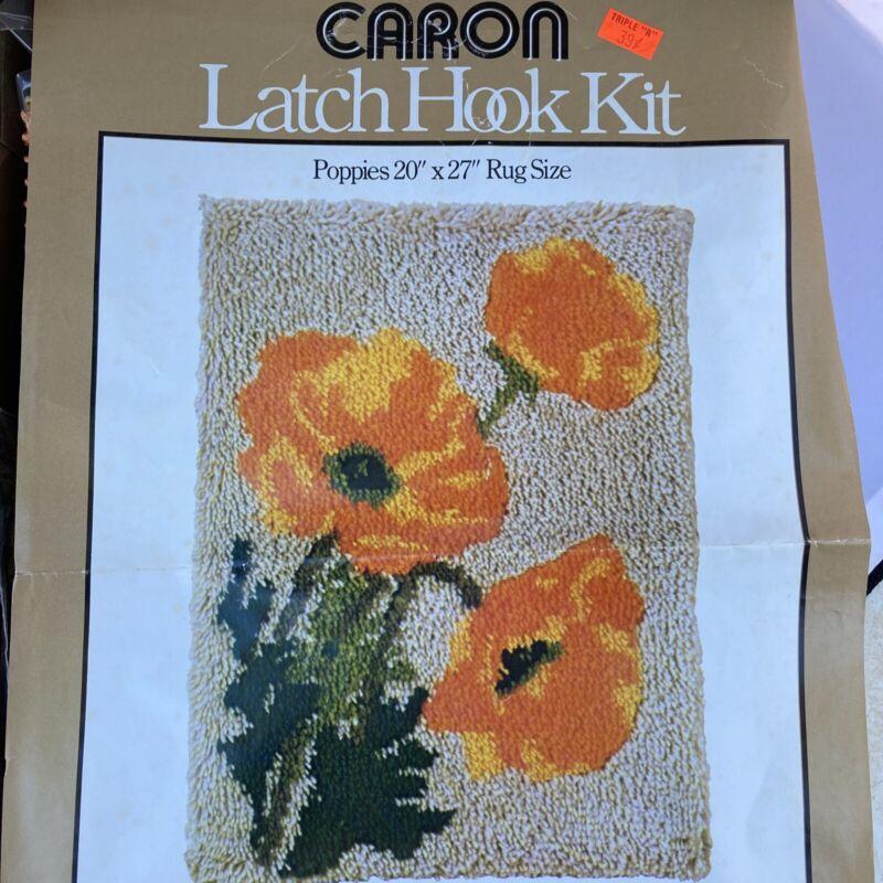 Vintage 1977 Caron Poppies Latch Hook Rug Kit NEW In Original Box 3063/1 SPRING