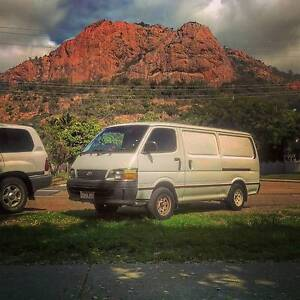 Toyota Hiace LWB 2000 Campervan/Van Rego Air Con Manual Petrol Coolangatta Gold Coast South Preview