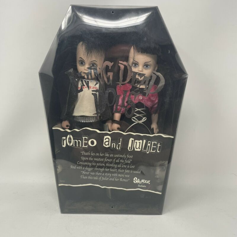 Living Dead Dolls ROMEO AND JULIET Spencers Exclusive DISPLAYED W/ Box