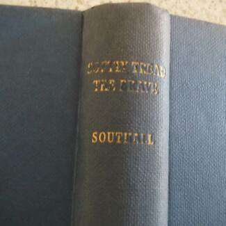 SOFTLY TREAD THE BRAVE  IVAN SOUTHALL GRIPPING TRUELIFE STORIES