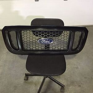 Grille ford ranger  Saguenay Saguenay-Lac-Saint-Jean image 1