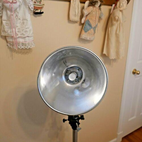 "Paul C Buff 11"" High Output Reflector White Lightning & White Shovel Background"